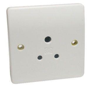 MK Logic Plus 5 Amp 1 Gang Unswitched Socket (Round Pin)