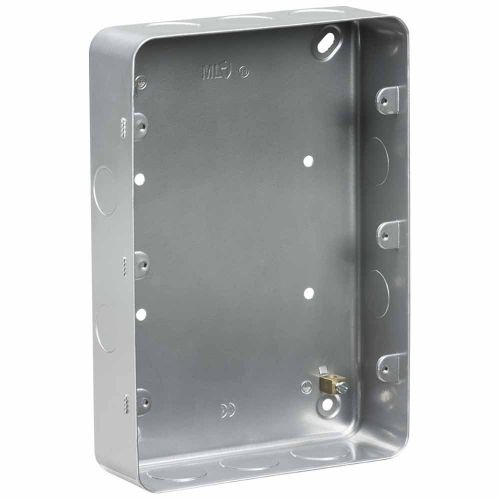 Knightsbridge Metalclad 9-12G surface mount box by Meteor Electrical